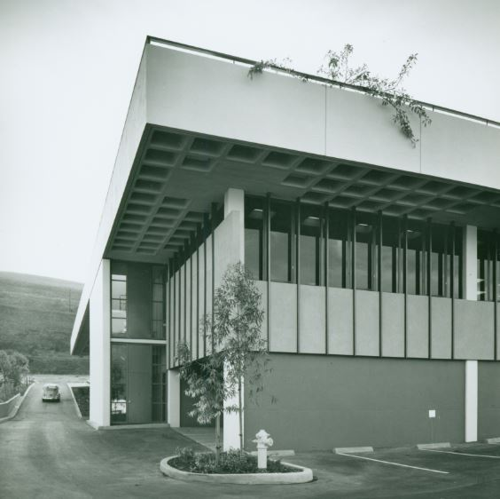 Peninsula Center Library Photographs by Julius Shulman