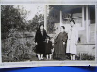 Group portrait in front of Hirose family home, Palos Verdes, California